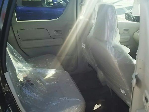 ワゴンRの後部座席