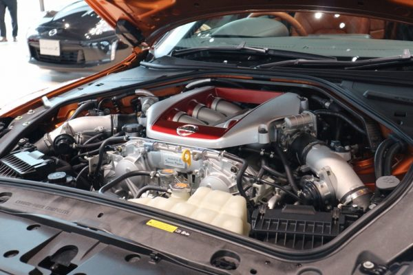 GT-Rのエンジンルーム