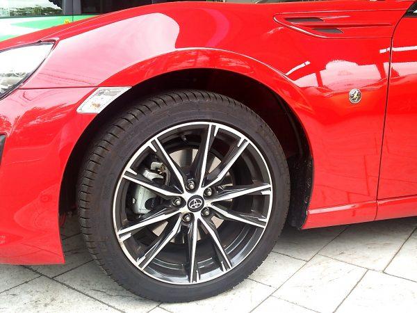 新型86のタイヤ
