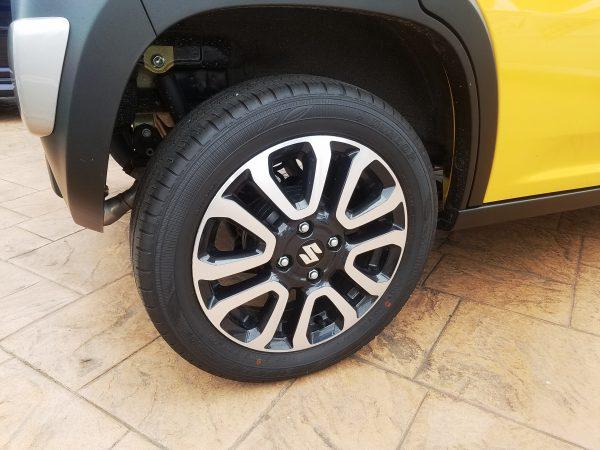 ハスラーJスタイルのタイヤ画像