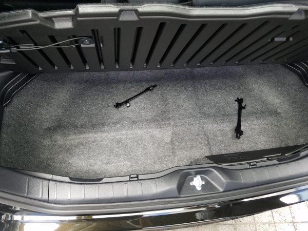 新型ヴォクシーZSの床下