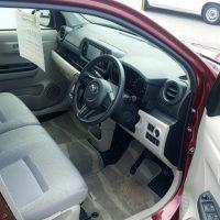 パッソの運転席画像