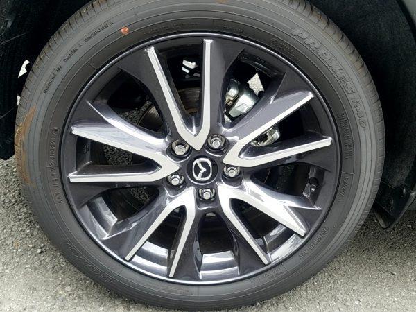 マツダCX-3のタイヤ画像