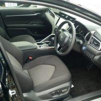 カムリの運転席画像