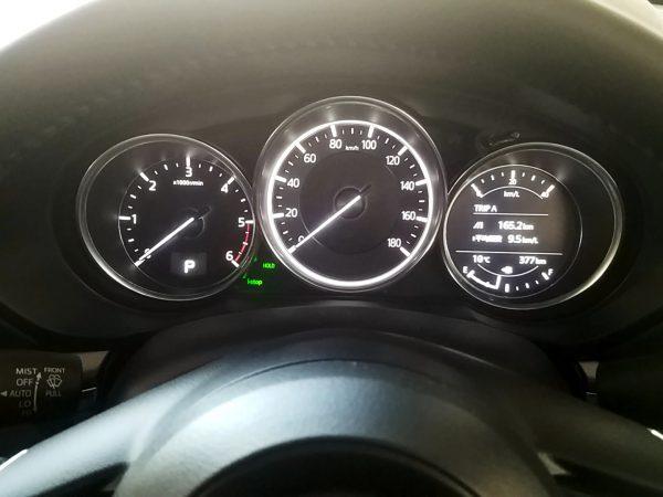 CX-8のスピードメーター