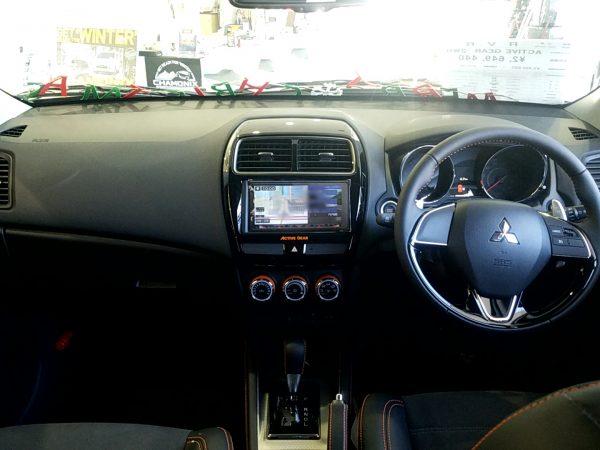 RVR『アクティブギア2WD』のインパネ画像
