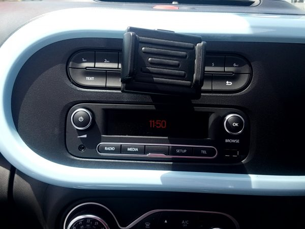 トゥインゴのラジオ