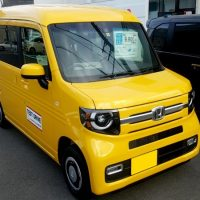 N-VAN黄色の全体画像
