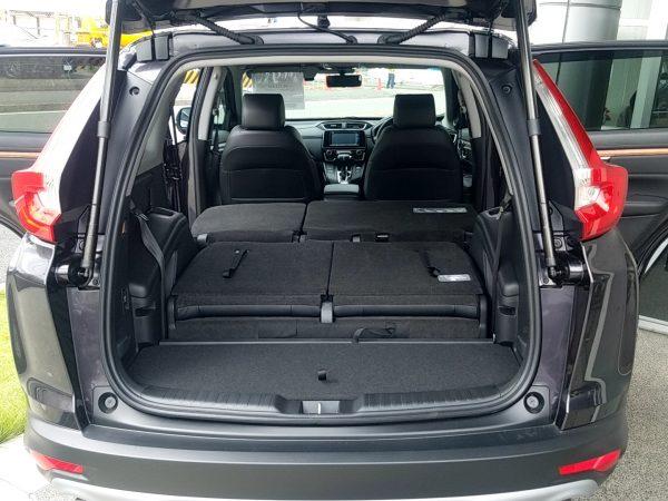 CR-V・EXの荷室(後部座席 格納時)